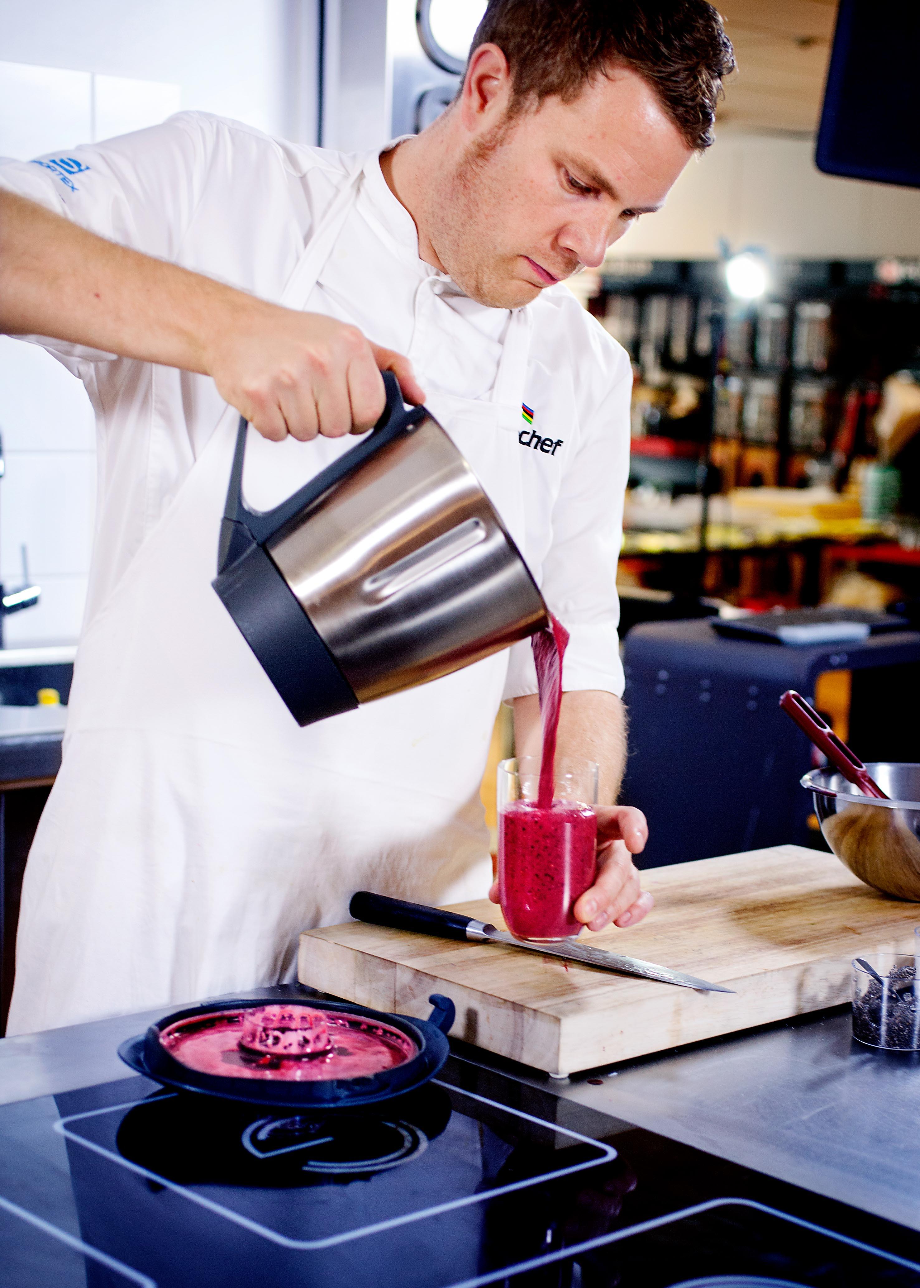 Smoothie: En av rettene Orre har laget, er en enkel men svært god og næringsrik smoothie. Foto: Mette Møller