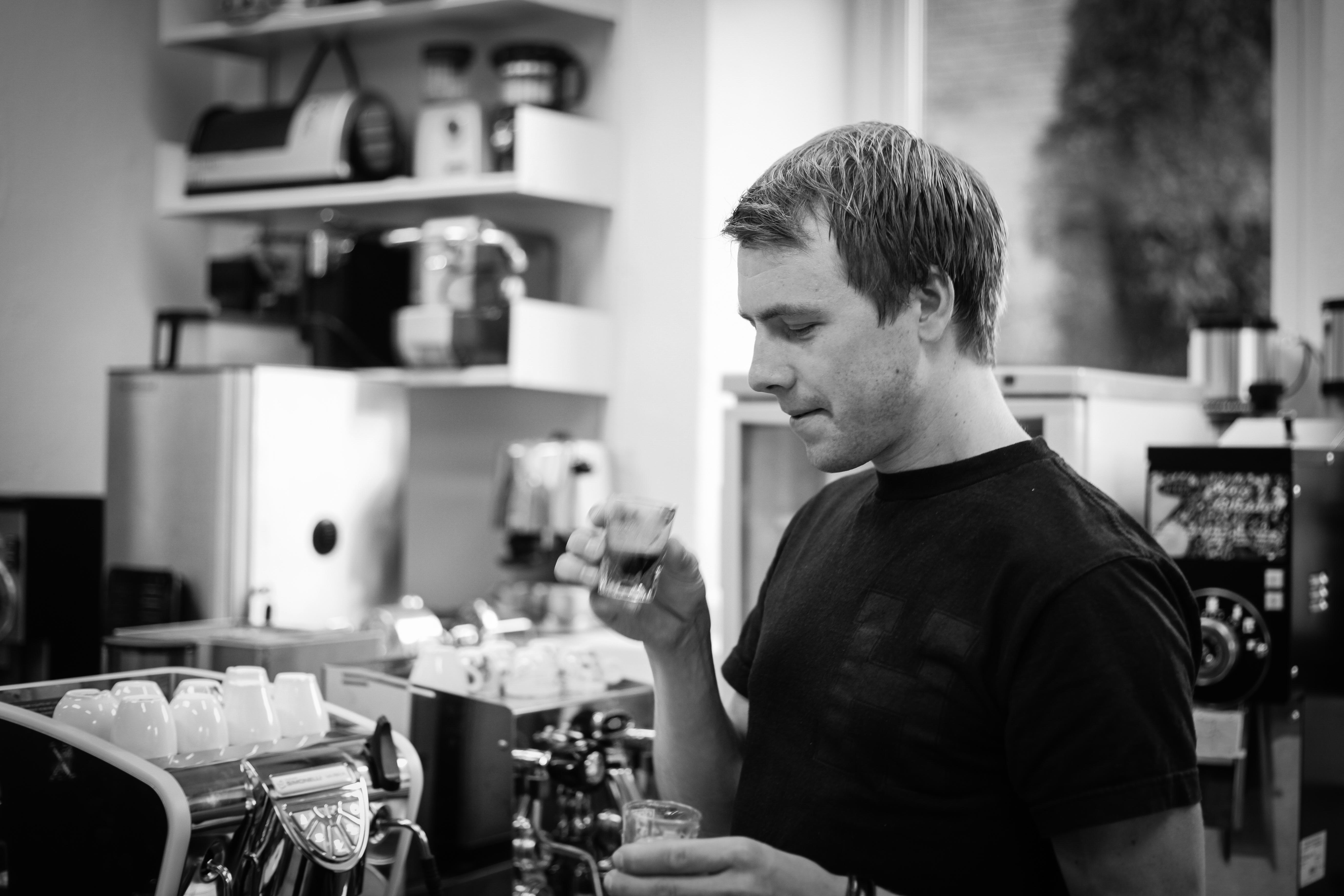 Kaffe: Edvald Boasson Hagen vet hva han snakker om. Foto: Kjetil R. Anda