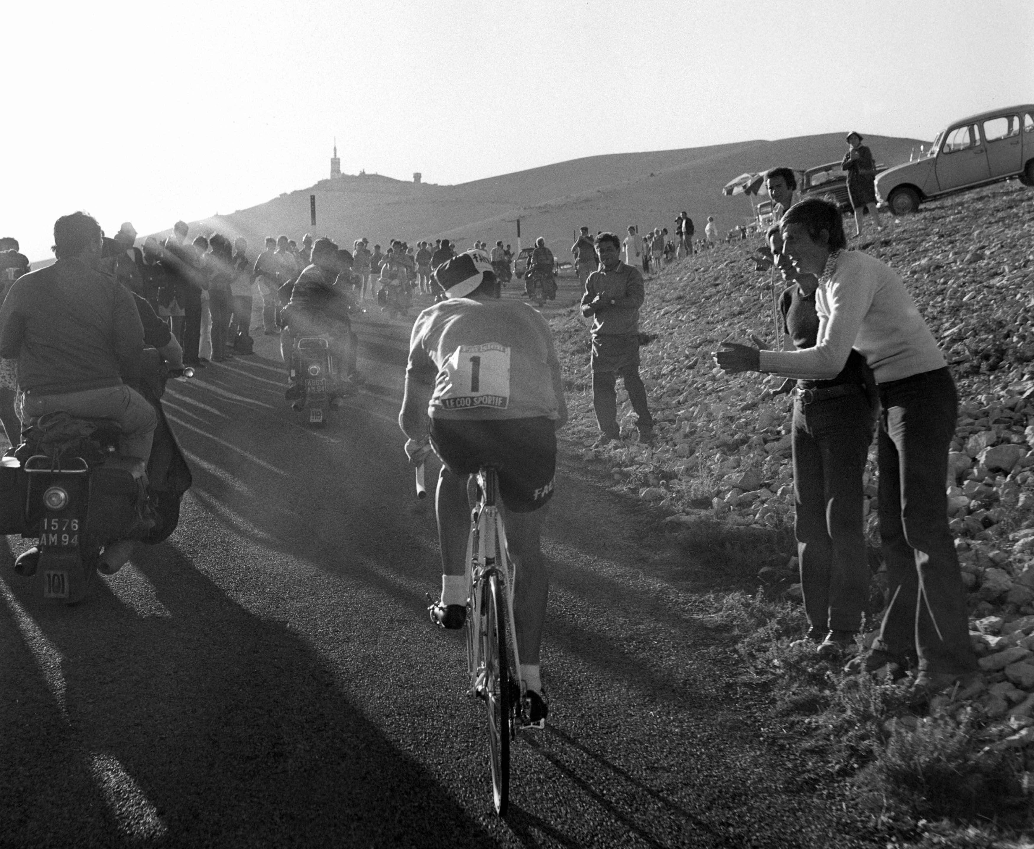 CYCLISME - TOUR DE FRANCE 1970 - GAP/MONT VENTOUX - le mont ventoux - merckx (eddy)