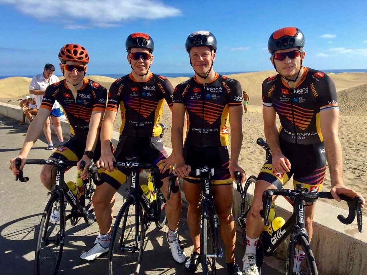 Gutta på tur: TSS-kvartetten som nå bor og trener på Gran Canaria – f.v.: Andreas Vangstad, Herman Dahl, Fridtjof og Petter Theodorsen. Foto: Privat
