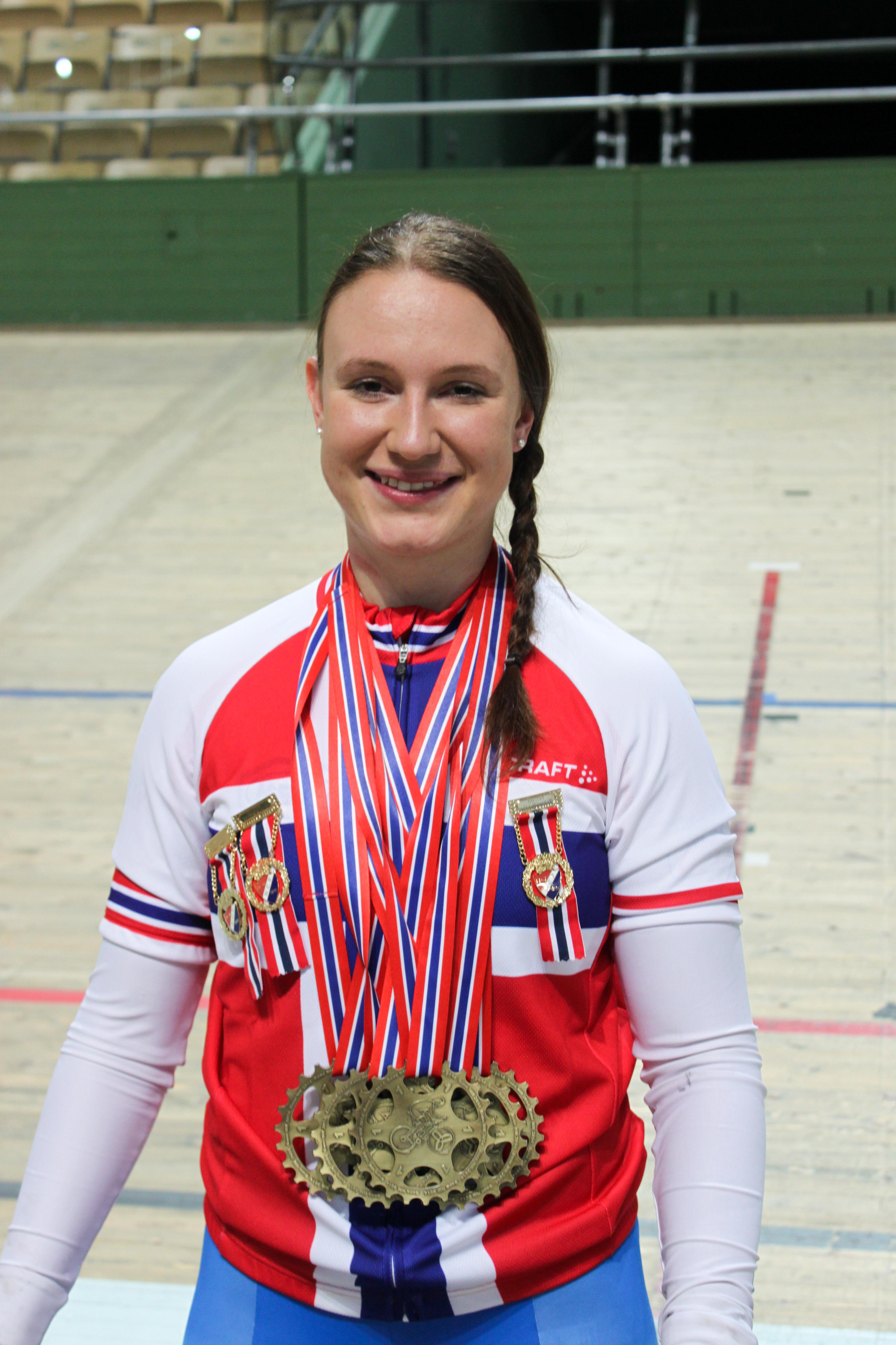 Grosist: Som vanlig tar Stenberg alle medaljene i NM. Her fra 2014. Foto: Norges Cykleforbund